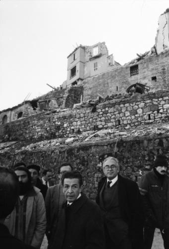 1980.11.23  2 Con Pio La Torre    Foto Mario Riccio
